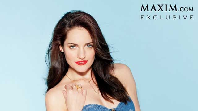 News video: Breaking Amish Star Kate Stoltzfus Strips Down for Maxim